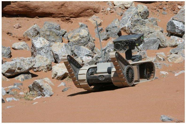 ХМ1216 разведывательный робот  для наземных операций
